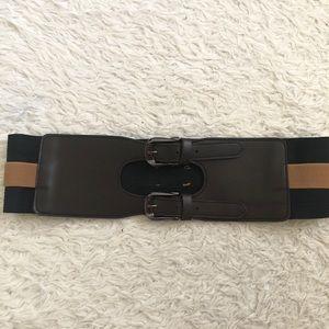 Waist cinching belt